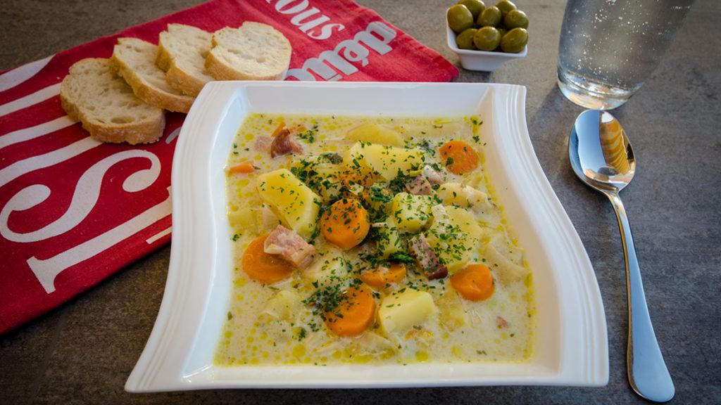 Kartoffel-Möhren-Suppe mit Kassler